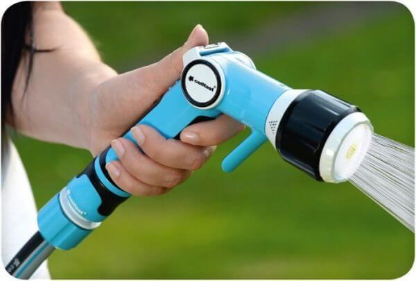 Trọn bộ vòi tưới đa năng cao cấp cellfast có đầy đủ cút nối thông minh, giúp kết nối nhanh chóng và dễ dàng ngay với ống tưới