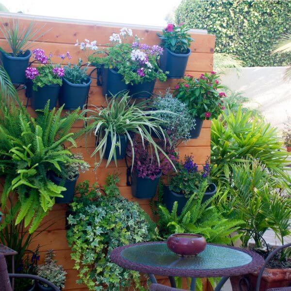 Bô vườn tường tự lắp ghép Dig living wall cho việc làm vườn trong nhà trở nên đơn giản hơn bao giờ hế